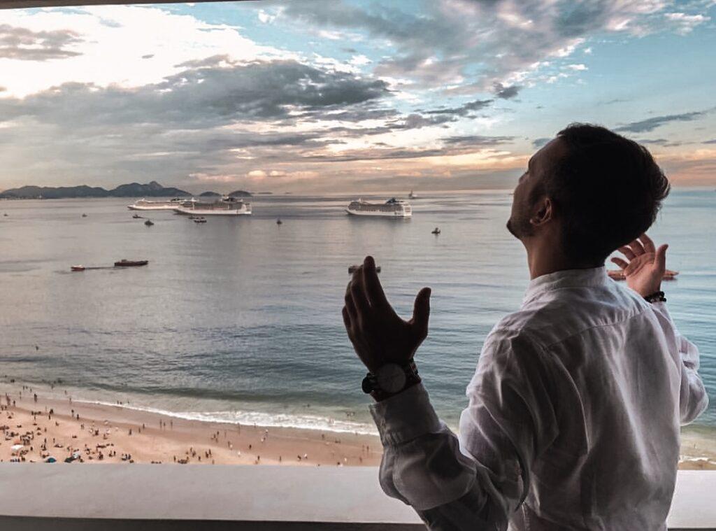 meditazione la mattina a Rio de Janeiro